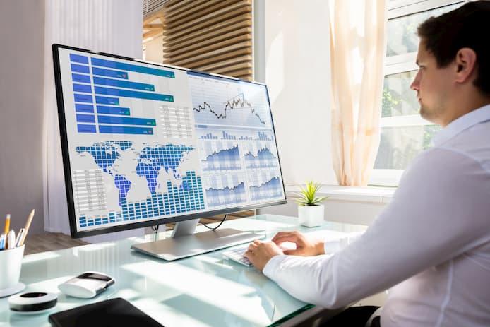 KPI、PC、データ管理、男性